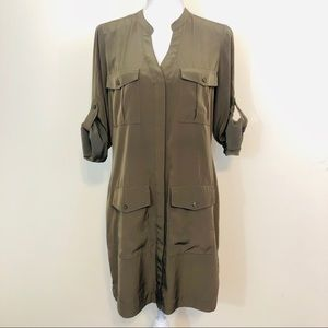 EXPRESS TAB SLEEVE SHIRT DRESS IN OLIVE GREEN